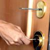 cerraduras para evitar ocupaciones